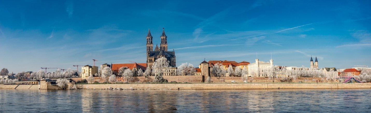 Een prachtig wintertafereel in Ottostad Magdeburg. Beleef de Magdeburger Lichterwelt met ontelbaar veel lichtjes