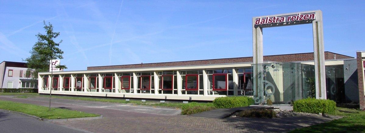 Molenweg 6, Surhuisterveen